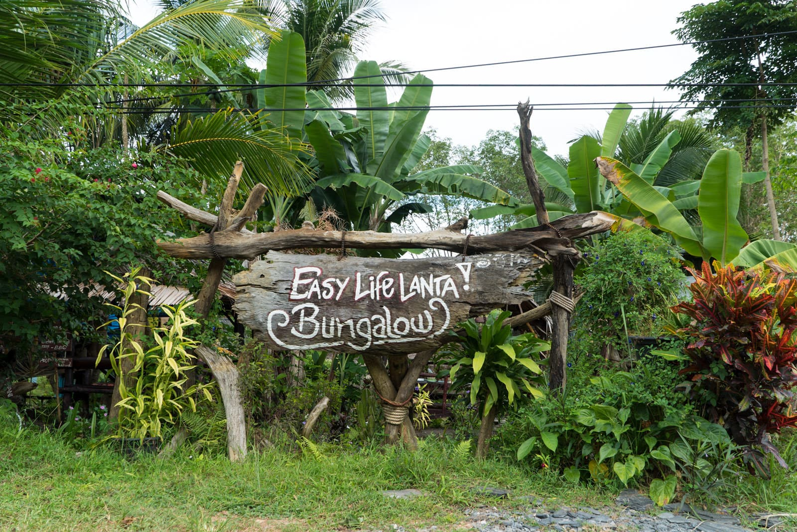 Easy Life Sign in Koh Lanta